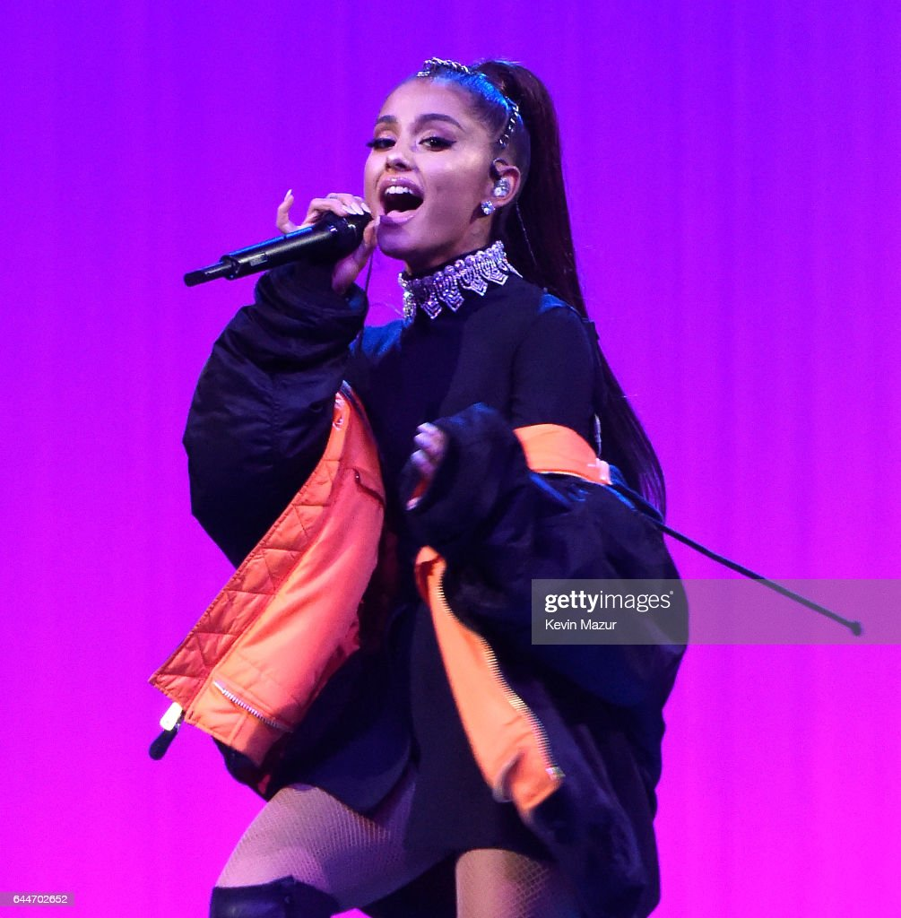Delighful Ariana Grande Madison Square Garden Performs Onstage During Her Tour At And Design