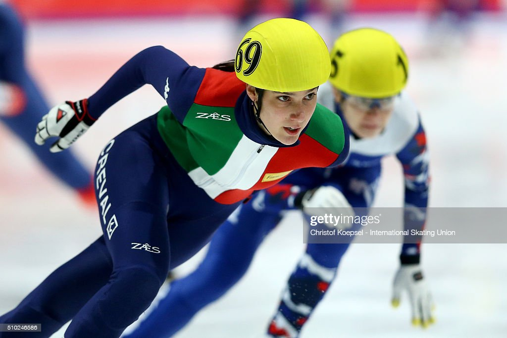 Arianna Valcepina of Italy skates during the ladies 3000m relay final during Day 3 of ISU Short Track World Cup at Sportboulevard on February 14, 2016 in Dordrecht, Netherlands.