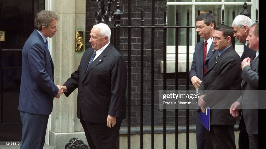 Ariel Sharon and Tony Blair during Ariel Sharon Meets Tony Blair June 12 2002 at 10 Downing Street London in London England Great Britain