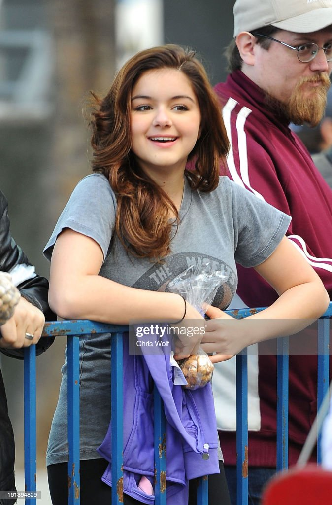 <a gi-track='captionPersonalityLinkClicked' href=/galleries/search?phrase=Ariel+Winter&family=editorial&specificpeople=715954 ng-click='$event.stopPropagation()'>Ariel Winter</a> is seen on February 10, 2013 in Los Angeles, California.