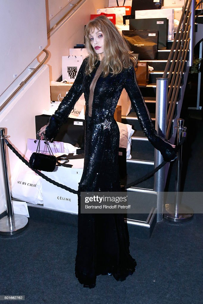 <a gi-track='captionPersonalityLinkClicked' href=/galleries/search?phrase=Arielle+Dombasle&family=editorial&specificpeople=616903 ng-click='$event.stopPropagation()'>Arielle Dombasle</a> attends the Annual Charity Dinner hosted by the AEM Association Children of the World for Rwanda. Held at Espace Cardin on December 16, 2015 in Paris, France.