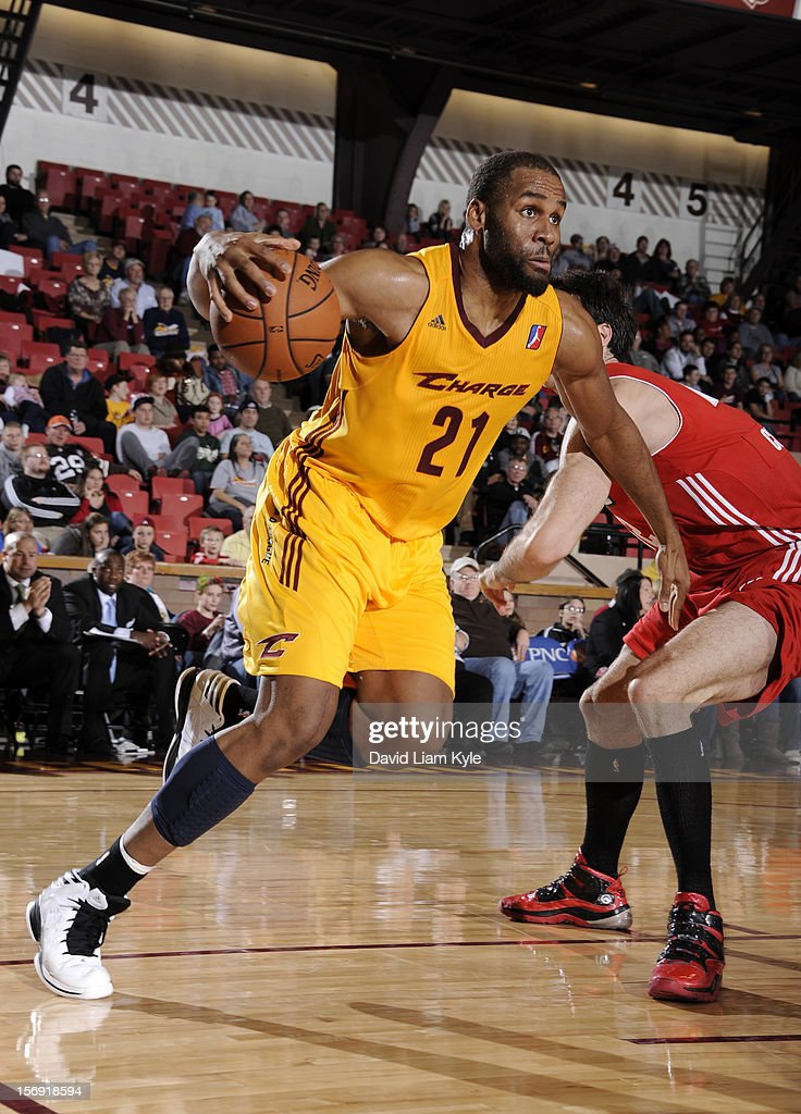 Arinze Onuaku #21 of the Canton Charge drives to the hoop against Brian Cusworth #42 of the Maine Red Claws at the Canton Memorial Civic Center on November 23, 2012 in Canton, Ohio.