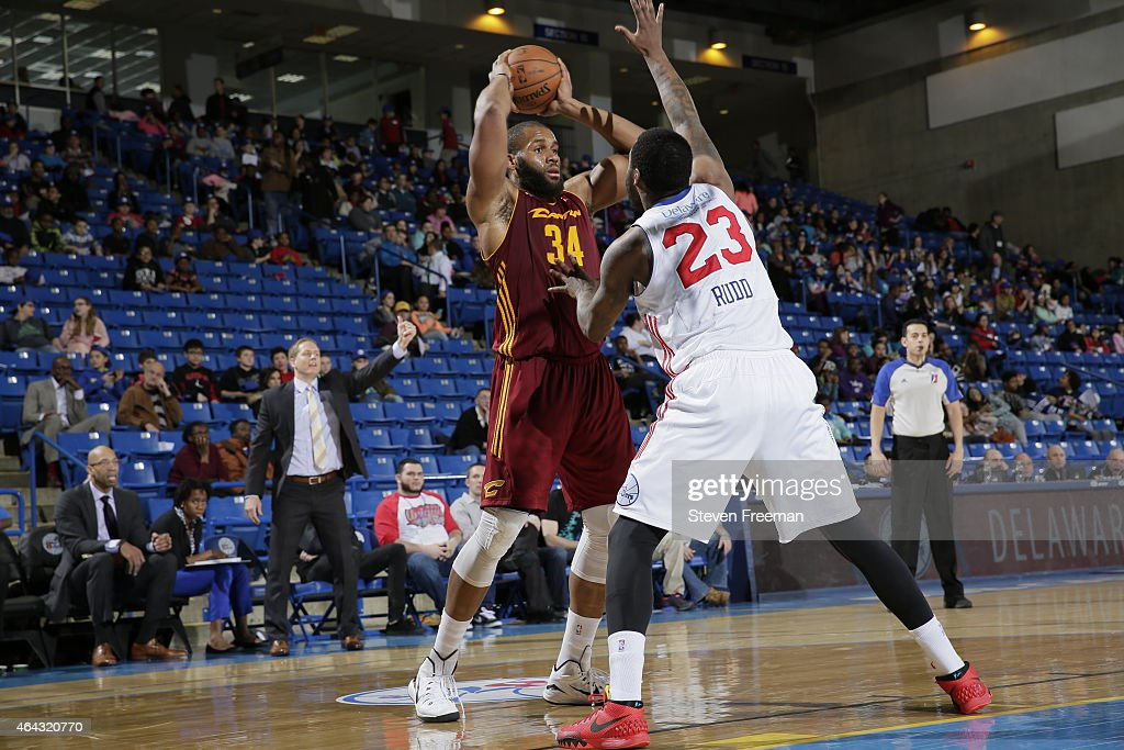 Arinze Onuaku of the Canton Charge passes against Victor Rudd of the Delaware 87ers at the University of Delaware Bob Carpenter Center on February 24...