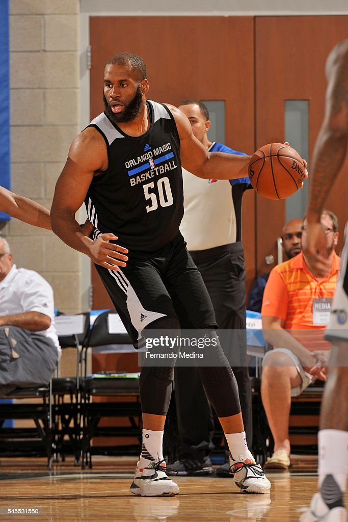 Arinze Onuaku of the Orlando Magic White drives to the basket against the Detroit Pistons during the Orlando Summer League Championship Game on July...
