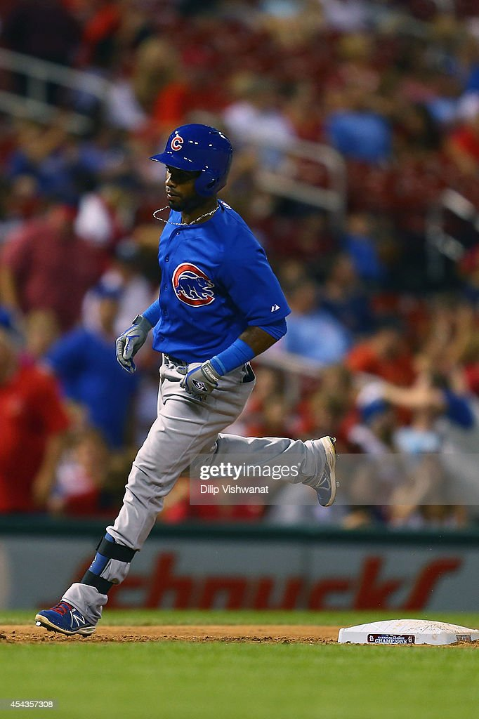 Arismendy Alcantara #7 of the Chicago Cubs rounds third base after hitting a solo home run against the St. Louis Cardinals in the ninth inning at Busch Stadium on August 29, 2014 in St. Louis, Missouri. The Cubs beat the Cardinals 7-2.