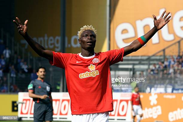 Aristide Bance of Mainz reacts during the Bundesliga match between FSV Mainz 05 and FC Schalke 04 at the Bruchweg Stadium on May 8 2010 in Mainz...