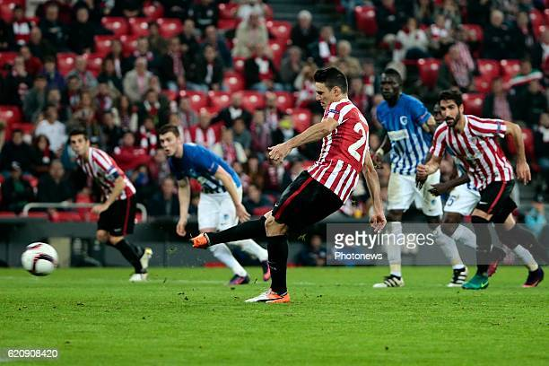 Aritz Aduriz forward of Athletic Club Bilbao scores his goal from a penalty pictured during the UEFA Europa League group F stage match between...