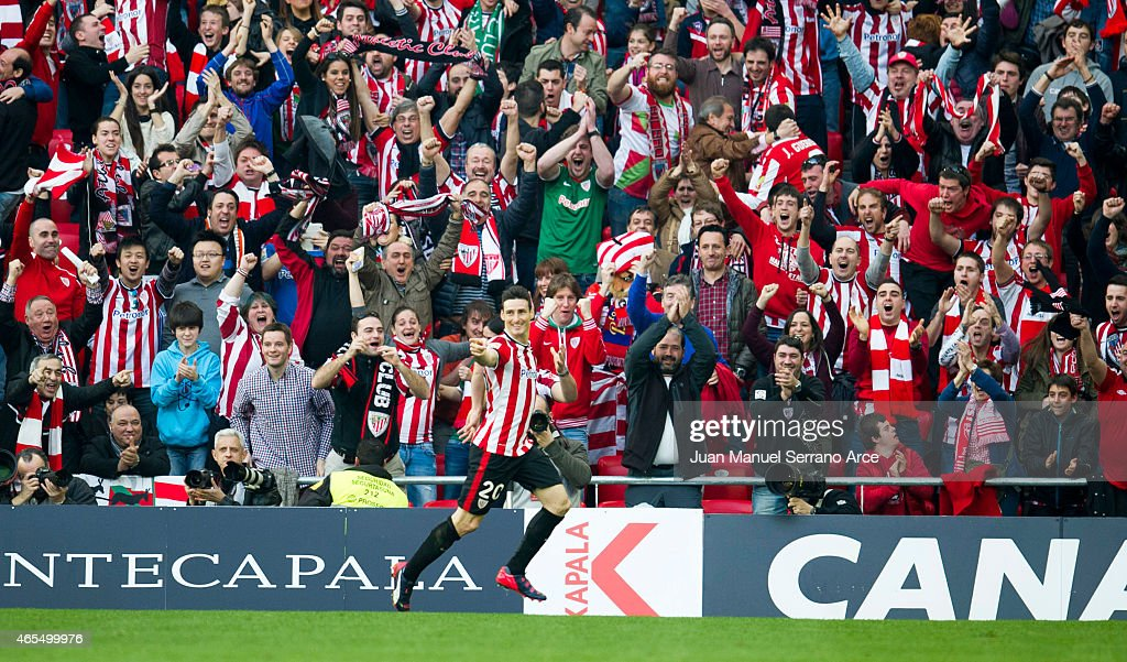 Aritz Aduriz of Athletic Club celebrates after scoring during the La Liga match between Athletic Club Bilbao and Real Madrid CF at San Mames Stadium...