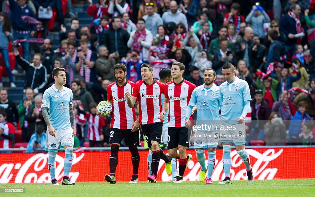 <a gi-track='captionPersonalityLinkClicked' href=/galleries/search?phrase=Aritz+Aduriz&family=editorial&specificpeople=822012 ng-click='$event.stopPropagation()'>Aritz Aduriz</a> of Athletic Club celebrates after scoring goal during the La Liga match between Athletic Club Bilbao and RC Celta de Vigo at San Mames Stadium on May 01, 2016 in Bilbao, .