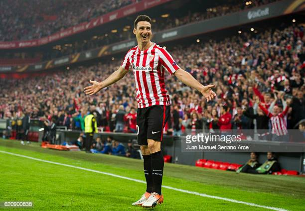 Aritz Aduriz of Athletic Club celebrates after scoring his team's fourth goal during the UEFA Europa League match between Athletic Club and KRC Genk...