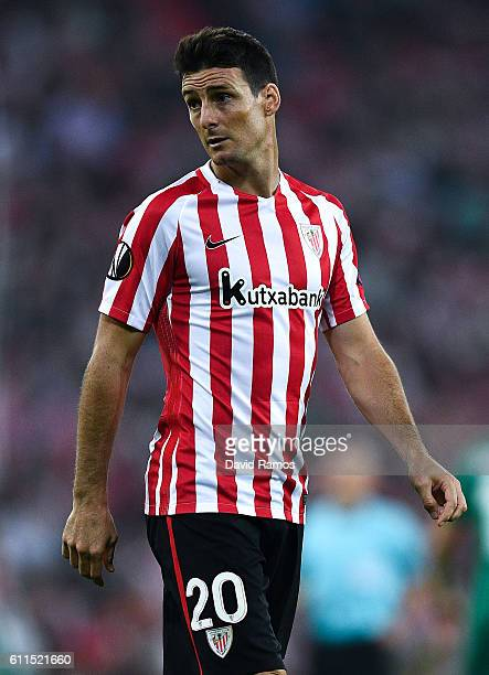 Aritz Aduriz of Athletic Club looks on during the UEFA Europa League Group F match between Athletic Club and SK Rapid Wien at San Mames stadium on...