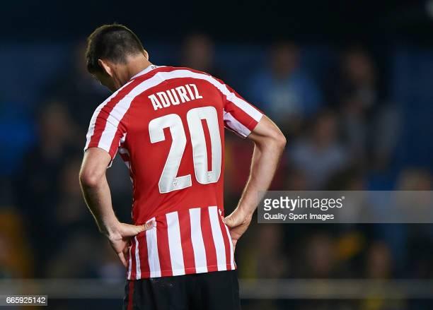 Aritz Aduriz of Athletic Club reacts after the end of the La Liga match between Villarreal CF and Athletic Club at Estadio de la Ceramica on April 7...