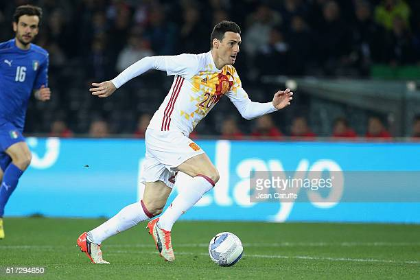 Aritz Aduriz of Spain in action during the international friendly match between Italy and Spain at Stadio Friuli on March 24 2016 in Udine Italy