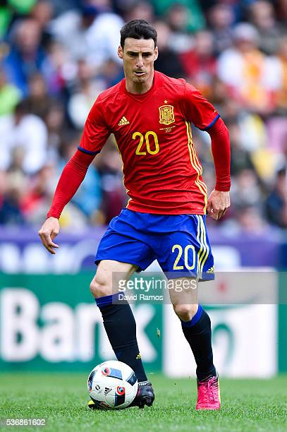 Aritz Aduriz of Spain runs with the ball during an international friendly match between Spain and Korea at the Red Bull Arena stadium on June 1 2016...