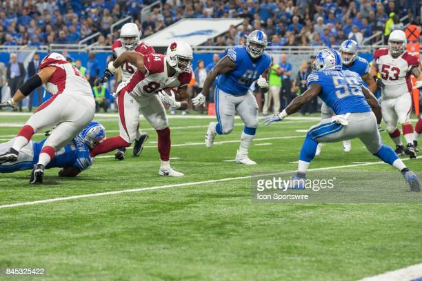 Arizona Cardinals tight end Jermaine Gresham runs with the ball after catching a pass during first quarter game action between the Arizona Cardinals...