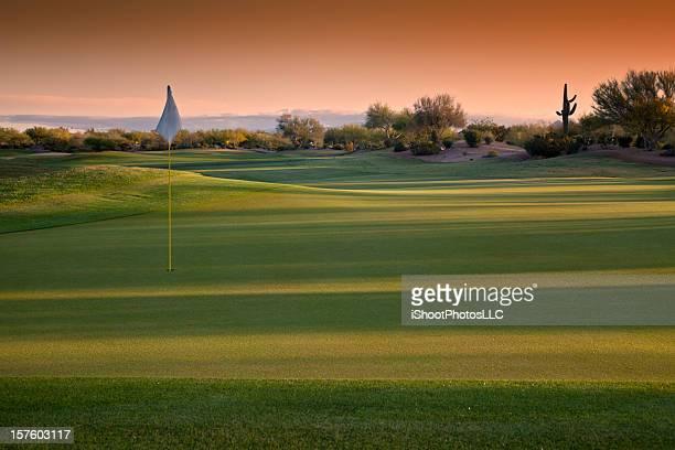 アリゾナのゴルフコースの日の出