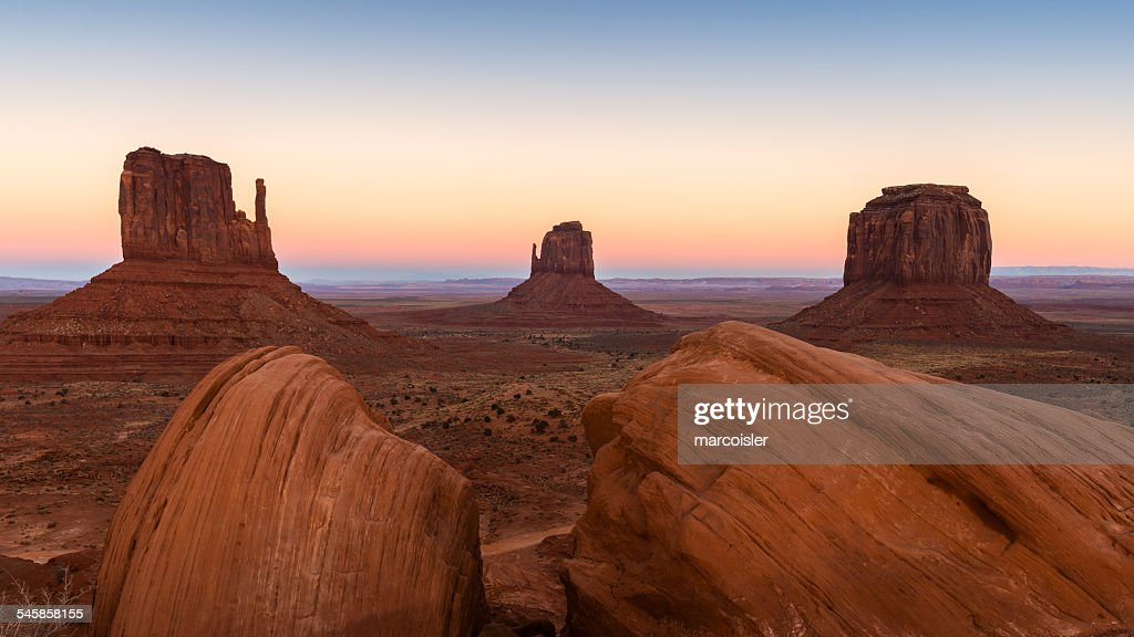 USA, Arizona, Monument Valley at unset