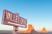USA, Arizona, Monument Valley Tribal Park, Valley Drive sign