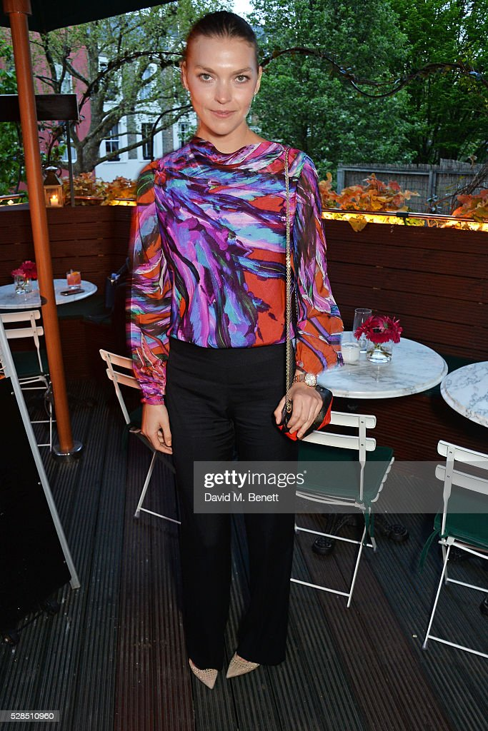 Arizona Muse attends a private dinner hosted by Rodial founder Maria Hatzistefanis & Bay Garnett at Casa Cruz on May 5, 2016 in London, England.