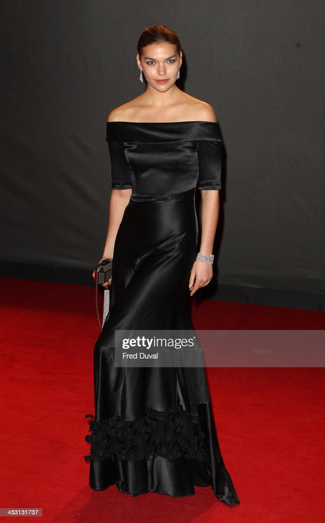 Arizona Muse attends the British Fashion Awards 2013 at London Coliseum on December 2, 2013 in London, England.