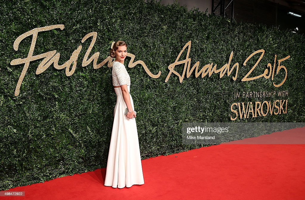 Arizona Muse attends the British Fashion Awards 2015 at London Coliseum on November 23, 2015 in London, England.