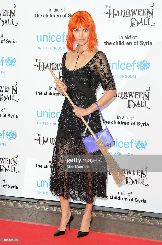 <a gi-track='captionPersonalityLinkClicked' href=/galleries/search?phrase=Arizona+Muse&family=editorial&specificpeople=7109685 ng-click='$event.stopPropagation()'>Arizona Muse</a> attends The UNICEF Halloween Ball at One Mayfair on October 31, 2013 in London, England.