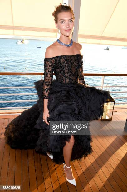 Arizona Muse attends the Vanity Fair and HBO Dinner celebrating the Cannes Film Festival at Hotel du CapEdenRoc on May 20 2017 in Cap d'Antibes France