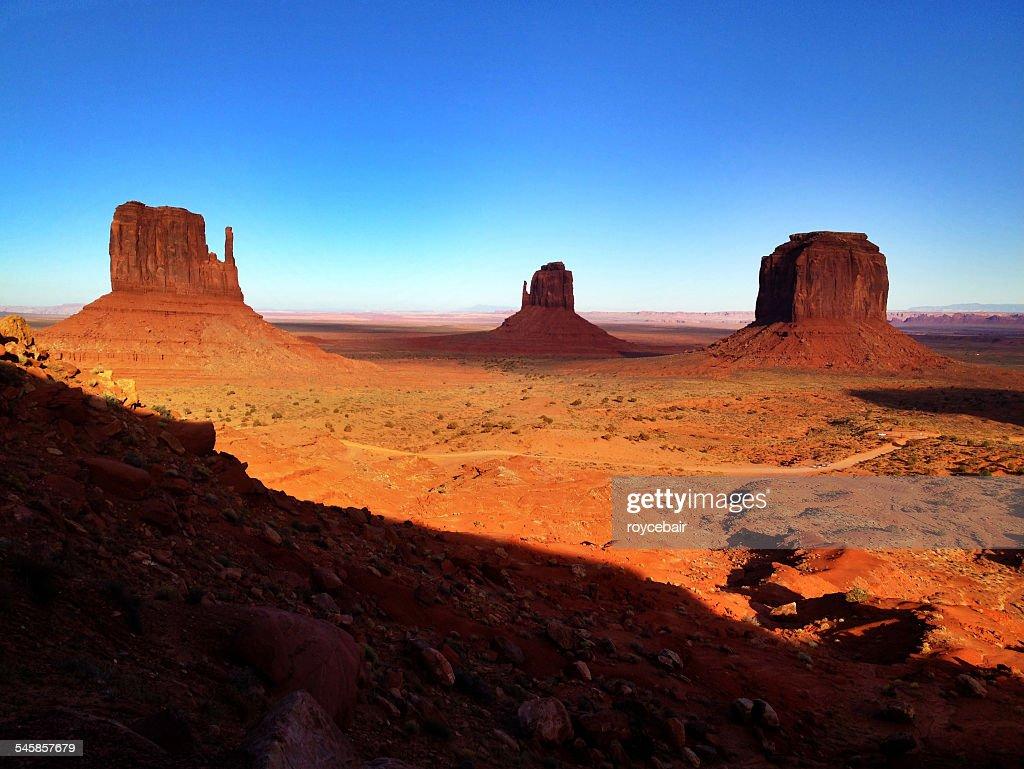 USA, Arizona, Rock formations in Monument Valley Navajo Tribal Park