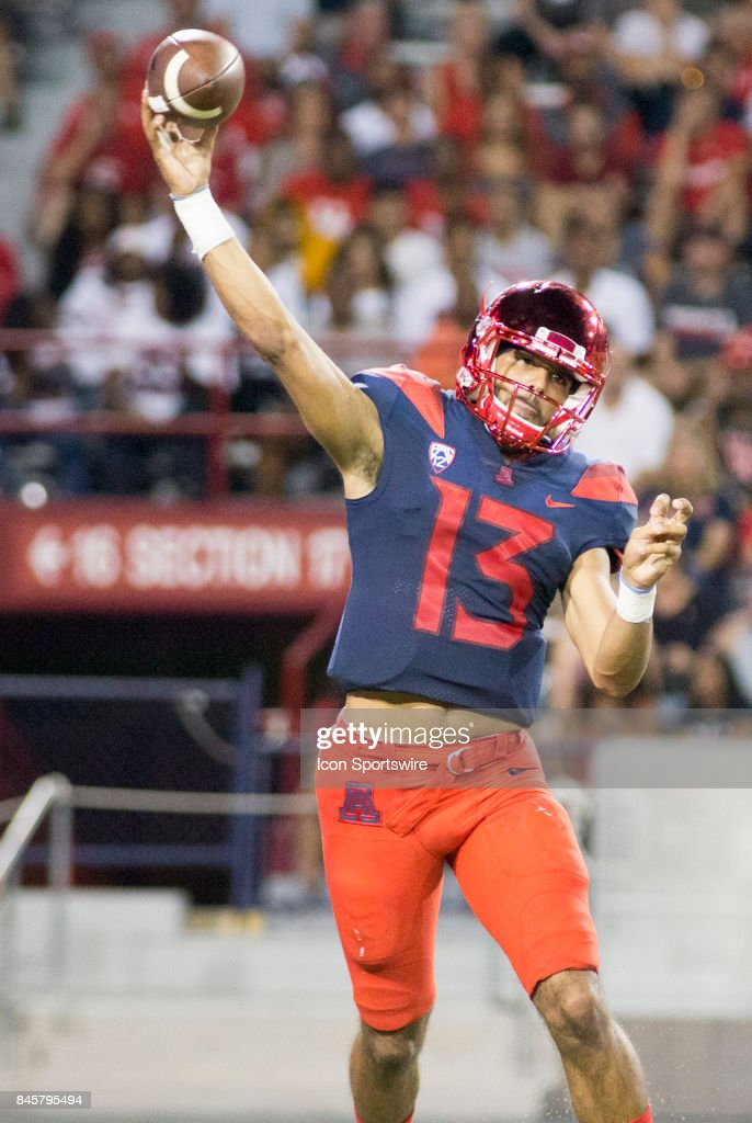COLLEGE FOOTBALL: SEP 09 Houston at Arizona : News Photo