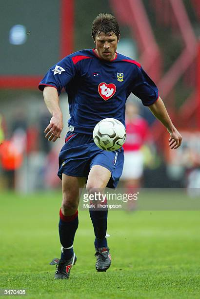Arjan De Zeeuw of Portsmouth running with the ball during the FA Barclaycard Premiership match between Charlton Athletic and Portsmouth on April 10...