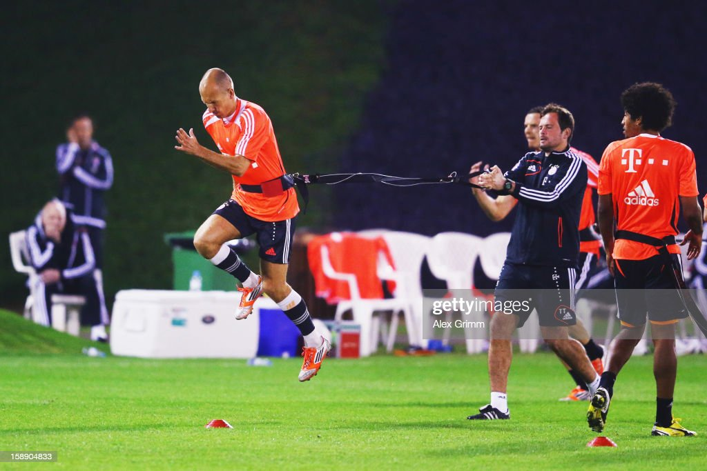 Arjen Robben exercises during a Bayern Muenchen training session at the ASPIRE Academy for Sports Excellence on January 3, 2013 in Doha, Qatar.