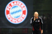 Arjen Robben looks on during a FC Bayern Muenchen training session ahead of the UEFA Champions League Final against Chelsea FC at Bayern's training...