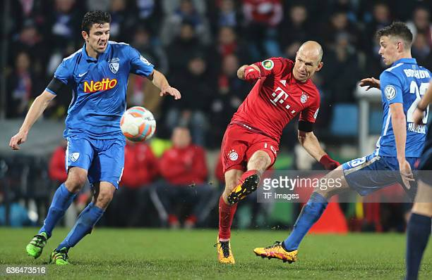 Arjen Robben of Bayern Muenchen Anthony Losilla of Bochum and Janik Haberer of Bochum battle for the ball during the DFB Pokal soccer between VfL...