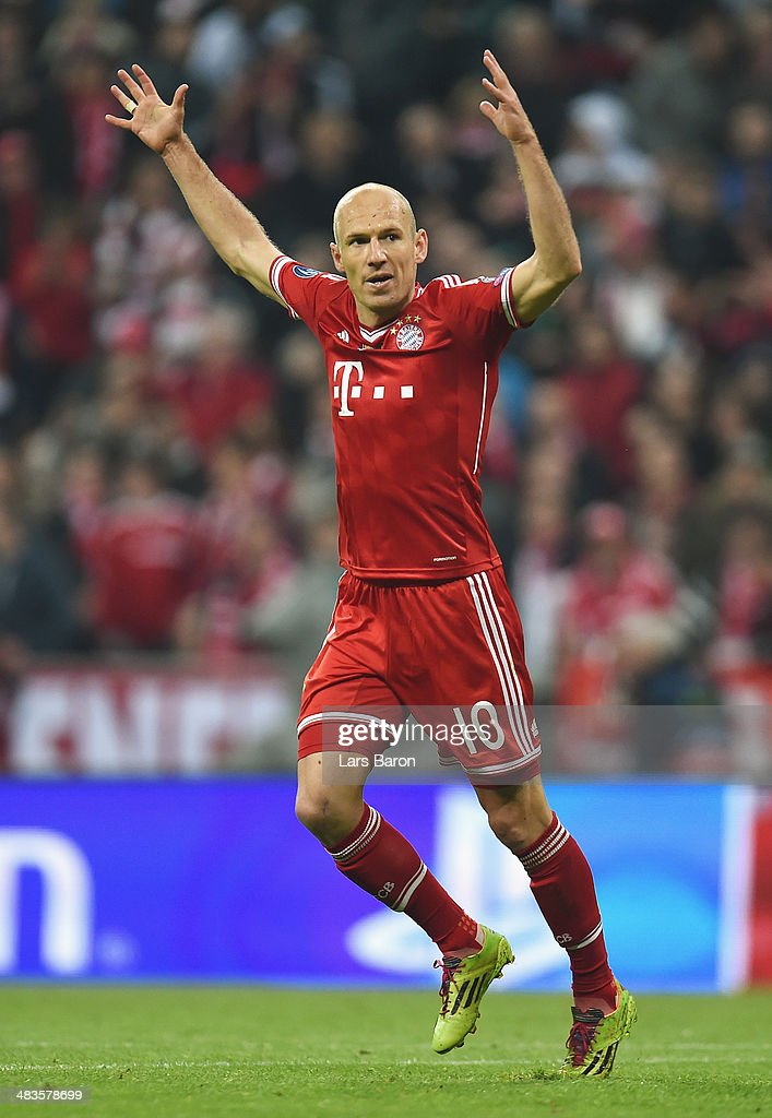 Arjen Robben of Bayern Muenchen celebrates during the UEFA Champions League Quarter Final second leg match between FC Bayern Muenchen and Manchester United at Allianz Arena on April 9, 2014 in Munich, Germany.