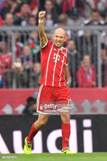Arjen Robben of Bayern Muenchen celebrates his first goal to make it 10 during the Bundesliga match between FC Bayern Muenchen and 1 FSV Mainz 05 at...
