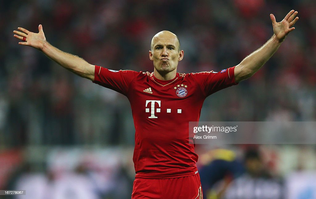 <a gi-track='captionPersonalityLinkClicked' href=/galleries/search?phrase=Arjen+Robben&family=editorial&specificpeople=194740 ng-click='$event.stopPropagation()'>Arjen Robben</a> of Bayern Muenchen celebrates scoring the third goal during the UEFA Champions League Semi Final First Leg match between FC Bayern Muenchen and Barcelona at Allianz Arena on April 23, 2013 in Munich, Germany.