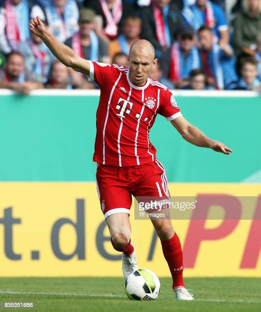 Arjen Robben of Bayern Muenchen controls the ball during the DFB Cup first round match between Chemnitzer FC and FC Bayern Muenchen at community4you...