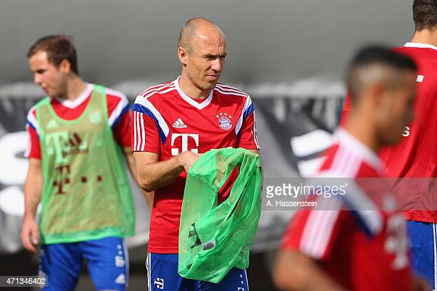 Arjen Robben of Bayern Muenchen during a training session at Bayern Muenchen's trainings ground Saebener Strasse on April 27 2015 in Munich Germany
