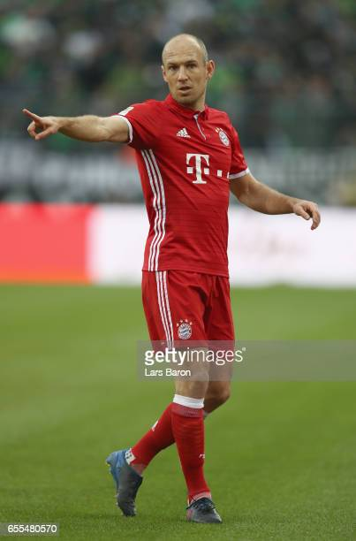 Arjen Robben of Bayern Muenchen gestures during the Bundesliga match between Borussia Moenchengladbach and Bayern Muenchen at BorussiaPark on March...