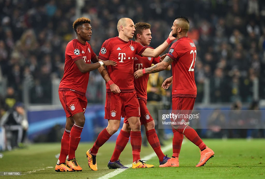 Juventus  v FC Bayern Muenchen  - UEFA Champions League Round of 16 : News Photo