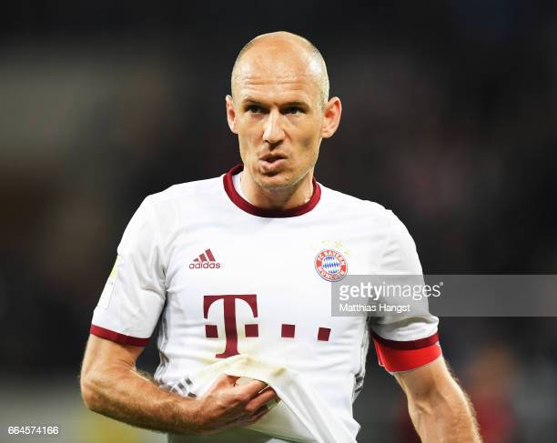 Arjen Robben of Bayern Munich is dejected after losing the Bundesliga match between TSG 1899 Hoffenheim and Bayern Muenchen at Wirsol...