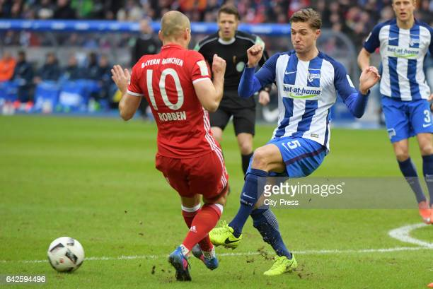 Arjen Robben of FC Bayern Muenchen and Niklas Stark of Hertha BSC during the game between Hertha BSC and dem FC Bayern Muenchen on February 18 2017...