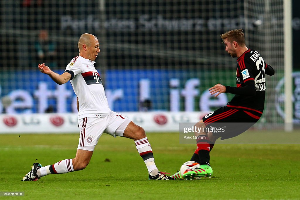 <a gi-track='captionPersonalityLinkClicked' href=/galleries/search?phrase=Arjen+Robben&family=editorial&specificpeople=194740 ng-click='$event.stopPropagation()'>Arjen Robben</a> of FC Bayern Muenchen battles for the ball with <a gi-track='captionPersonalityLinkClicked' href=/galleries/search?phrase=Christoph+Kramer&family=editorial&specificpeople=5588926 ng-click='$event.stopPropagation()'>Christoph Kramer</a> of Bayer Leverkusen during the Bundesliga match between Bayer Leverkusen and FC Bayern Muenchen at BayArena on February 6, 2016 in Leverkusen, Germany.