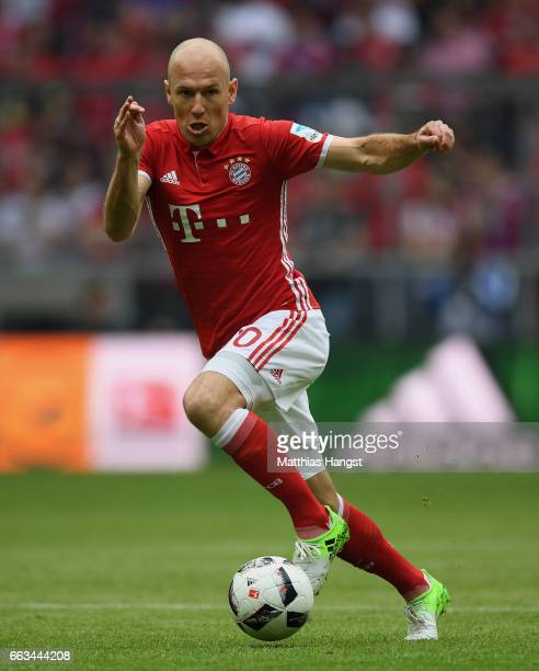 Arjen Robben of FC Bayern Muenchen controls the ball during the Bundesliga match between Bayern Muenchen and FC Augsburg at Allianz Arena on April 1...