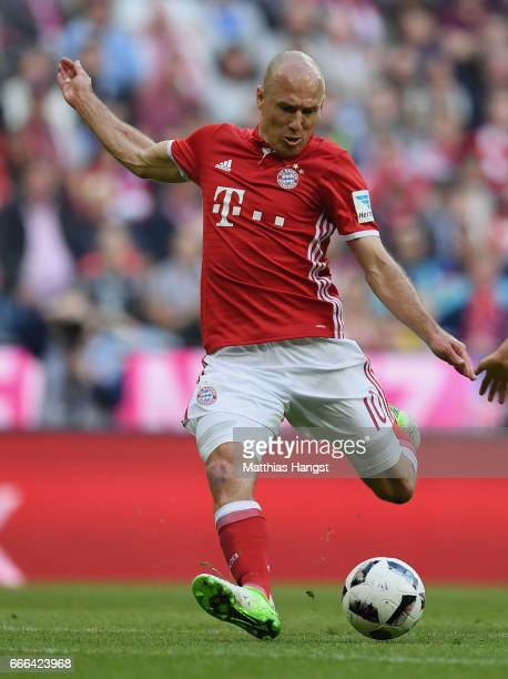 Arjen Robben of FC Bayern Muenchen controls the ball during the Bundesliga match between Bayern Muenchen and Borussia Dortmund at Allianz Arena on...