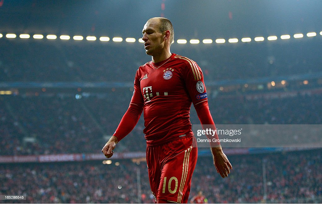 <a gi-track='captionPersonalityLinkClicked' href=/galleries/search?phrase=Arjen+Robben&family=editorial&specificpeople=194740 ng-click='$event.stopPropagation()'>Arjen Robben</a> of FC Bayern Muenchen looks on during the UEFA Champions League quarter final first leg match between FC Bayern Muenchen and Juventus at Allianz Arena on April 2, 2013 in Munich, Germany.