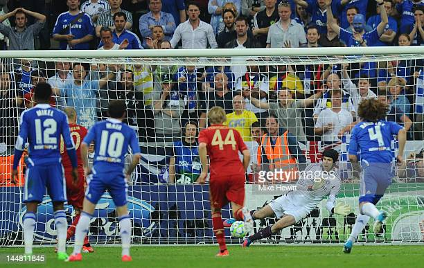Arjen Robben of FC Bayern Muenchen shoots from the penalty spot but its saved by goalkeeper Petr Cech of Chelsea during UEFA Champions League Final...