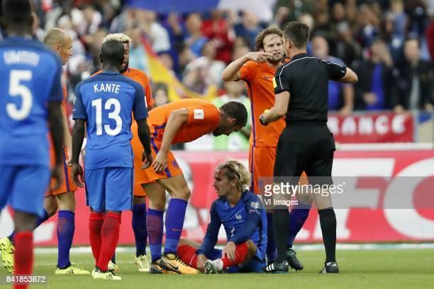 Arjen Robben of Holland N Golo Kante of France Tonny Vilhena of Holland Kevin Strootman of Holland Antoine Griezmann of France Daley Blind of Holland...
