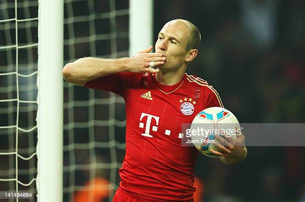Arjen Robben of Muenchen after scoring his team's sixth goal during the Bundesliga match between Hertha BSC Berlin and FC Bayern Muenchen at Olympic...