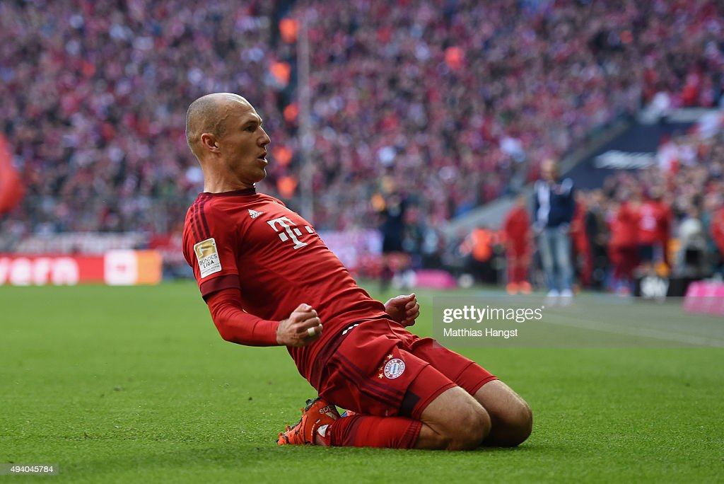 <a gi-track='captionPersonalityLinkClicked' href=/galleries/search?phrase=Arjen+Robben&family=editorial&specificpeople=194740 ng-click='$event.stopPropagation()'>Arjen Robben</a> of Muenchen celebrates after scoring his team's first goal during the Bundesliga match between FC Bayern Muenchen and 1. FC Koeln at Allianz Arena on October 24, 2015 in Munich, Germany.